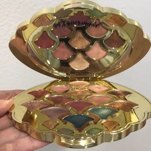 Tarte mermaid eyeshadow palette